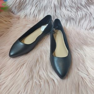 🆕A new day Black flats